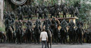 人間やっててイヤになる!? 大量のお猿さんがライジングする『猿の惑星:新世紀(ライジング)』