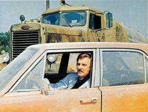S・スピルバーグの原点『激突!』がBSテレ東で放送! おっさんと乗用車とトラックしか出てこない超シンプルな傑作スリラー!!