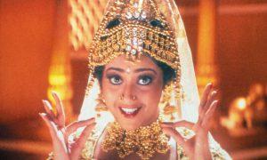 インド映画スター、与党を倒す影響力 『ムトゥ 踊るマハラジャ』セリフに隠された政権へのメッセージ
