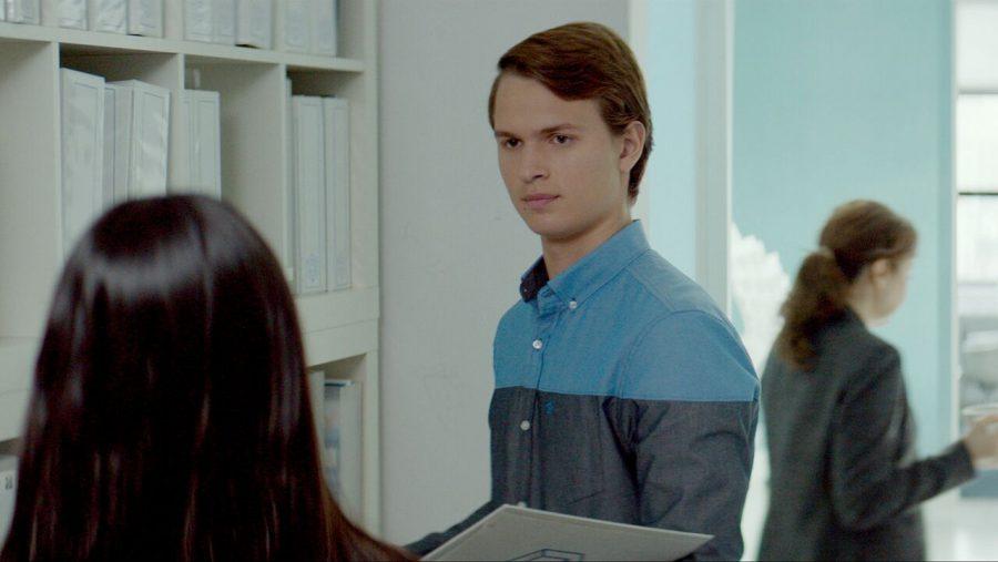 アンセル・エルゴートが複雑な青年の成長を巧みに演じる逸品『ジョナサン -ふたつの顔の男-』