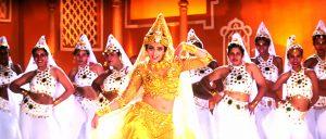 映画タイトルのセンス勝ち 『ムトゥ 踊るマハラジャ』歌って踊るインド映画ブームの源流