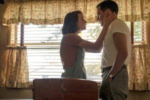 父の失業、母の浮気、愛し合いながらも崩壊する家族… ジェイク・ギレンホール&キャリー・マリガン主演『ワイルドライフ』はポール・ダノ初監督作