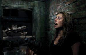 地下室で重症の父が気絶、そこにワニ襲来とかどういうことやねん!? 極限の恐怖とエグさをガッツリ描く『クロール ―凶暴領域―』