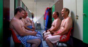 裸で平等? サウナで外交するフィンランド大使館員も太鼓判! 号泣&汗だくのおじさんドキュメンタリー『サウナのあるところ』