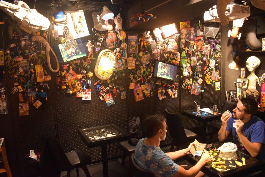 スター・ウォーズ、シャイニング、グレムリン…映画おもちゃの美術館のようなカフェが開店!nope cafeが楽しすぎた