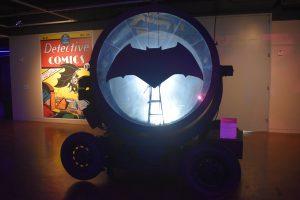 バットマン誕生80周年! 歴代映画をざっくり解説!! 渋谷をゴッサムシティ化計画?! 9/21のバットシグナルを見逃すな!!