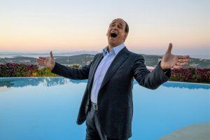 「イタリアのトランプ」ことベルルスコーニ元首相がモデル! 女、金……スキャンダルまみれ!『LORO 欲望のイタリア』