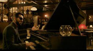 盲目のフリするピアニスト⁉ どんでん返しに仰天必至『盲目のメロディ~インド式殺人狂騒曲~』