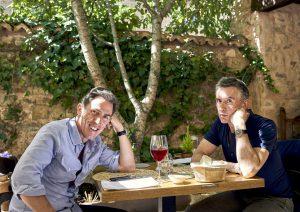 スペインはメシが美味い! コメディ俳優のグルメ珍道中『スペインは呼んでいる』