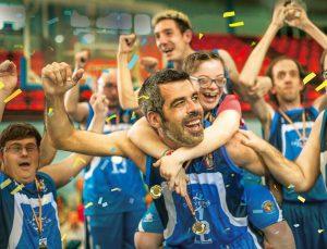 人生どん底の中年コーチ、障がい者バスケチームを任される?! ハートフルコメディ『だれもが愛しいチャンピオン』