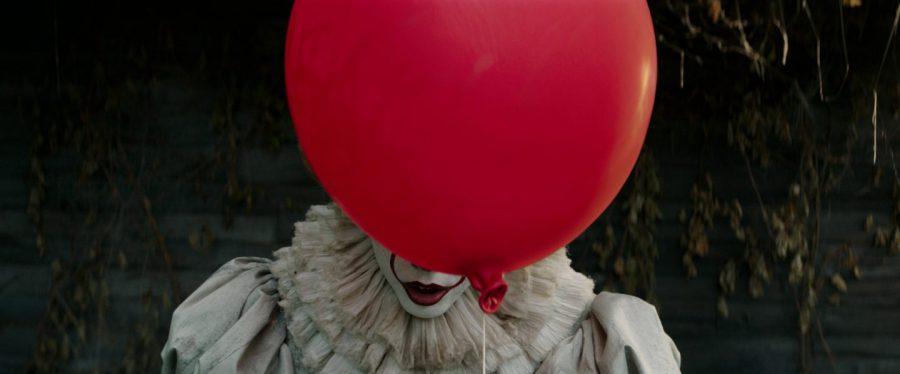 """チュードの儀式、青い瞳のベバリー……改めて気づく映画化のクオリティの高さ『IT/イット """"それ""""が見えたら、終わり。』"""