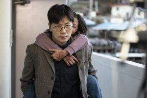 10歳の姉が弟を殺害!? 韓国を震撼させた虐待事件を描く実録サスペンス『幼い依頼人』