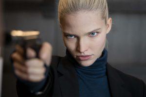 """ベッソン監督の""""あの殺し屋映画""""が進化した! KGBの狂犬美女が覚醒!!『ANNA/アナ』"""