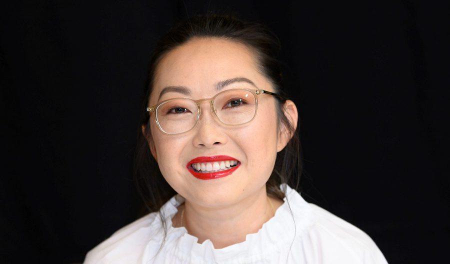 オークワフィナがアジア系初のゴールデングローブ主演女優賞獲得!『フェアウェル』ルル・ワン監督が語る「アメリカと中国の間にいる自分」