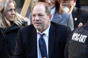 女優達への性的暴行で禁錮23年の判決 ハリウッドの大物ワインスタイン