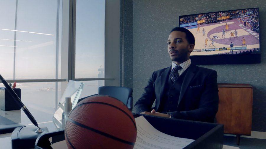iPhoneで撮影! S・ソダーバーグがプロバスケ界の内幕を描くNetflix『ハイ・フライング・バード』