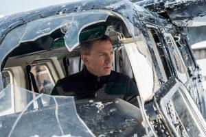 ド派手アクションに膝の手術……ダニエル・クレイグに「ボンド役はあと1本」と決断させた超大作『007/スペクター』