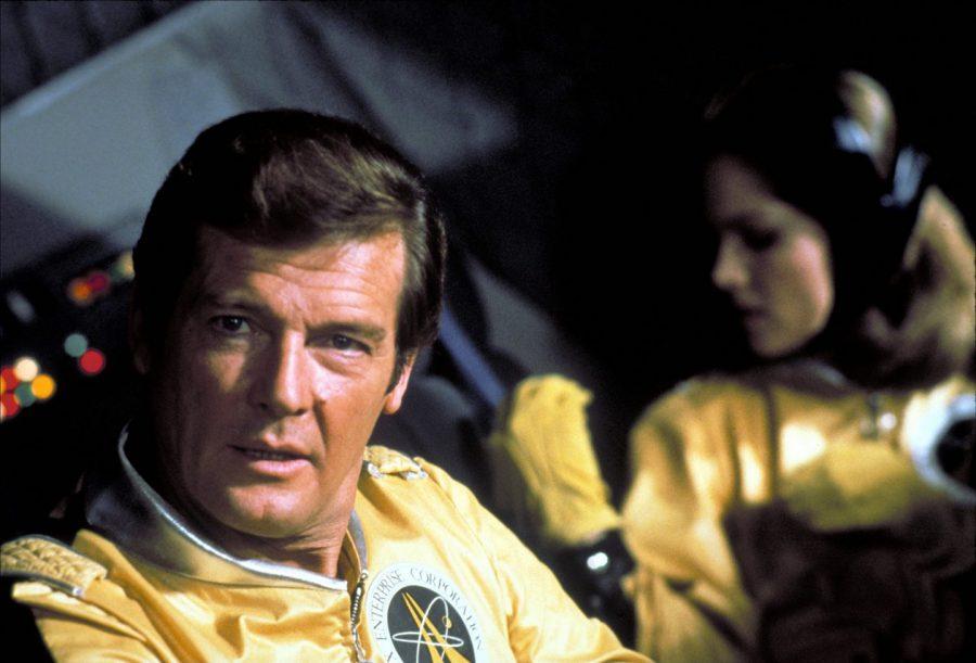 ロジャー・ムーア版ボンド、宇宙へ! ド派手な演出や名作パロディなど遊び心が最高『007/ムーンレイカー』