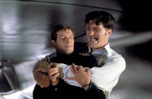 『007』の悪役といえばあの人! 怪力無双ジョーズへの愛に溢れた『私を愛したスパイ』と『ムーンレイカー』