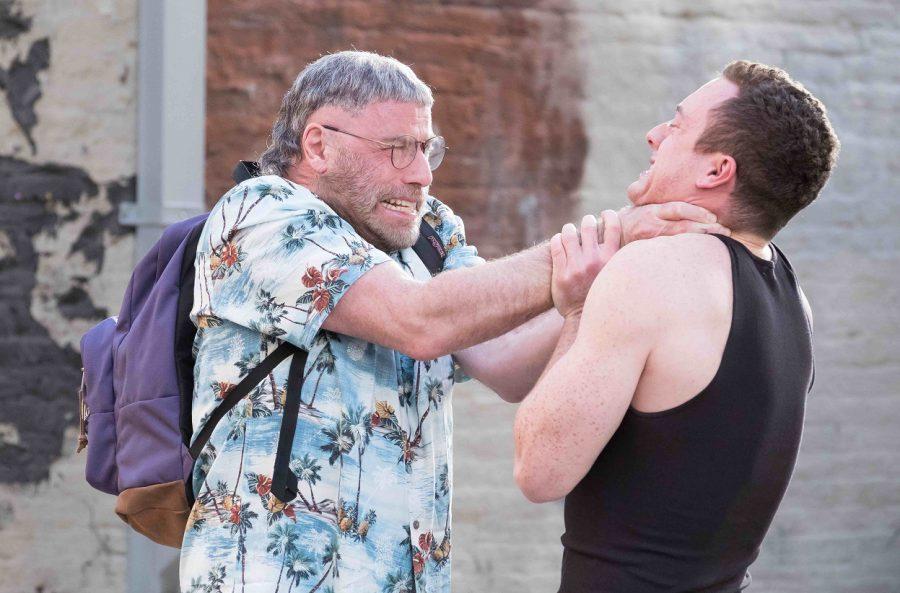 """あのジョン・トラヴォルタが""""映画スターに夢中なガチオタ""""を怪演!『ファナティック ハリウッドの狂愛者』"""