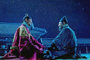 実在の王と天才科学者のアツい格差友情物語! ハン・ソッキュ&チェ・ミンシク競演『世宗大王 星を追う者たち』