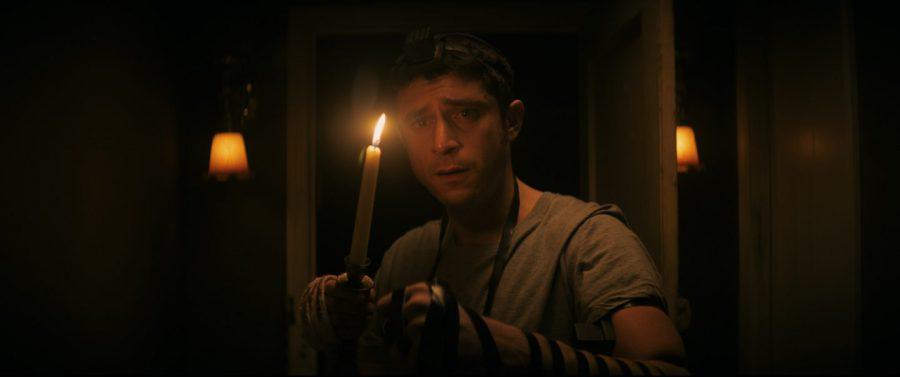 一晩「遺体に付き添え」と言われたら……!?『ザ・ヴィジル~夜伽~』は歴史的悲劇とオカルトの異色MIXホラー!!