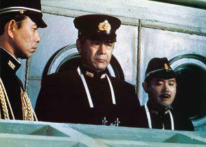 """エメリッヒ版との違いは? 1976年版『ミッドウェイ』は""""コピペ""""で作った建国200周年映画!"""