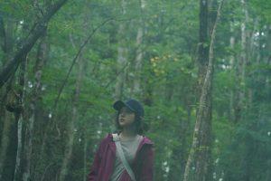 『樹海村』を訪れたら最後、絶対に生きては帰れない―― 迷い込んだ少女の、うつろな瞳が見つめる先には……
