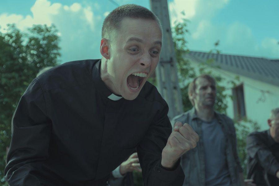 少年院から教会へ潜入!? 嘘みたいな実話を映画化!『聖なる犯罪者』は緊張感みなぎるアカデミー賞ノミネート作
