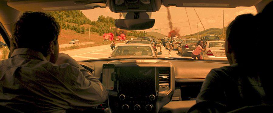リアルすぎる!! ハイウェイに降り注ぐ隕石群! 『グリーンランド―地球最後の2日間―』アカデミー賞受賞のVFXスタジオによるスペクタクル本編映像を解禁!