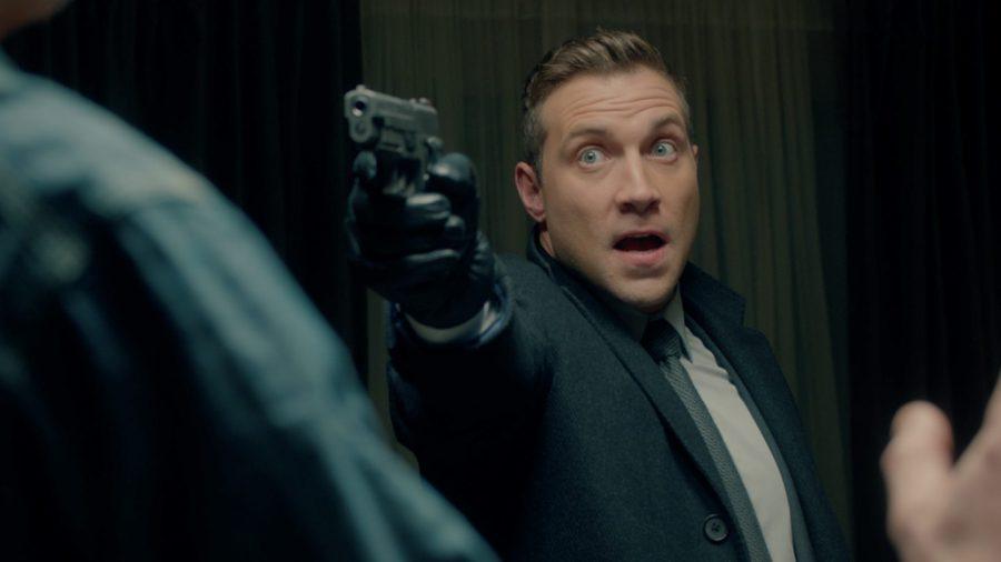 この悪役どこかで見たことある…!? 悪徳FBI捜査官を好演!『ファイナル・プラン』J・コートニーの新場面写真が解禁