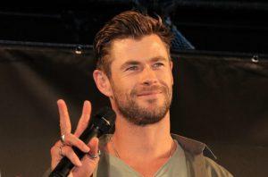 「ハリウッドにクリスが多すぎ問題」再熱!!「クリス違い」を本人がネタにする! クリヘムのクリエヴァ誕生日お祝いメッセージにファン歓喜