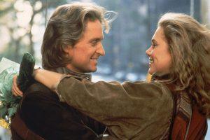80年代サウンドに胸キュン! マイケル・ダグラス出世作『ロマンシング・ストーン 秘宝の谷』『ナイルの宝石』