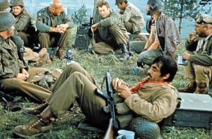 邪道、だが傑作! イーストウッド主演『戦略大作戦』は戦争の不毛さをコメディのオブラートに包んで提示したWWII大作