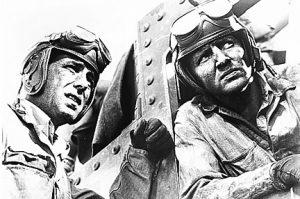 """戦時中公開の戦意高揚映画ながらバリバリの娯楽作『サハラ戦車隊』は""""三階建て戦車""""もリアルな戦場ロードムービー"""